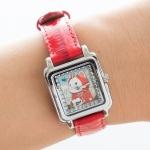 【ワケあり】猫の腕時計 赤ずきん シルバー/赤