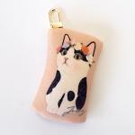 猫のフェルトコインケースチャーム 白黒フラワー