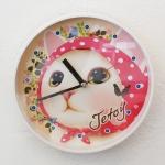 【SALE!】猫の壁掛け時計 ピンクずきん