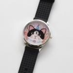 【ワケあり】猫のビッグフェイス腕時計 白黒 シルバー/黒