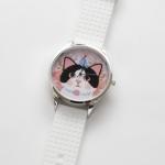 【ワケあり】猫のビッグフェイス腕時計 白黒 シルバー/白