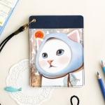 猫のパスポートケース ネックストラップ付き 水色ずきん