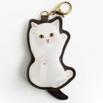 猫のコインケースチャーム バンザイ