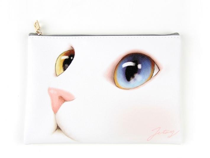 大きなオッドアイの瞳が<br>印象的なデザイン♪<br>ファッショナブルでオシャレ!