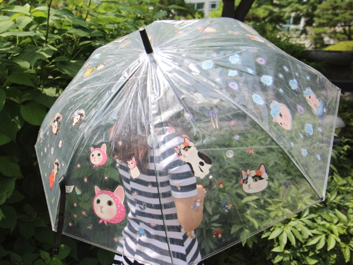傘や、マグカップなど、<br>いろいろなものに貼って、<br>オリジナルのchoo chooグッズを<br>作るのもオススメ◎