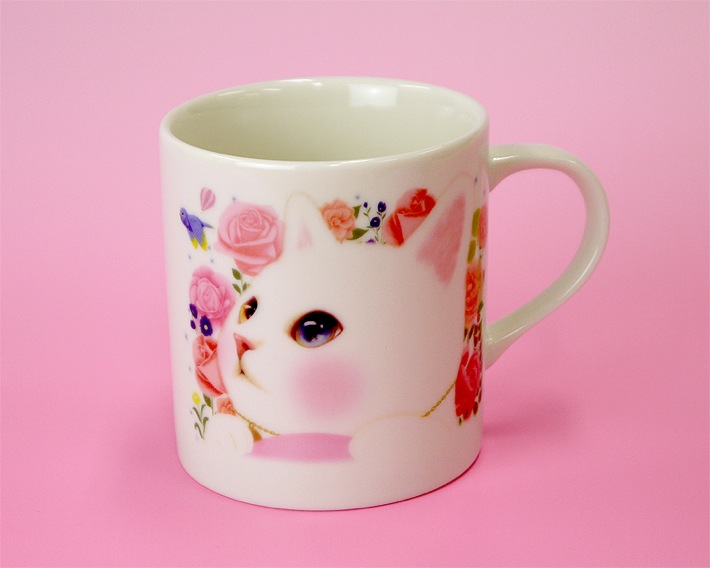 ふたと茶こしをはずすとこんな感じ。<br>裏にも同じ絵柄が入っています。