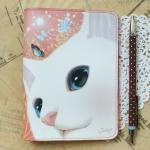猫のパスポートケース プレミアム 白