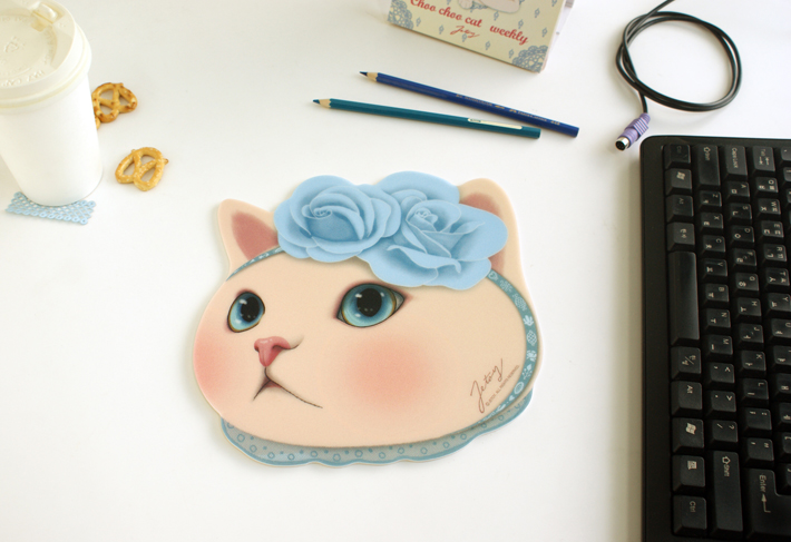 インパクトたっぷり!顔型のマウスパッド!
