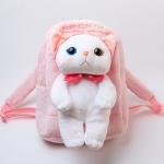 猫のぬいぐるみ付きリュック ピンクずきん