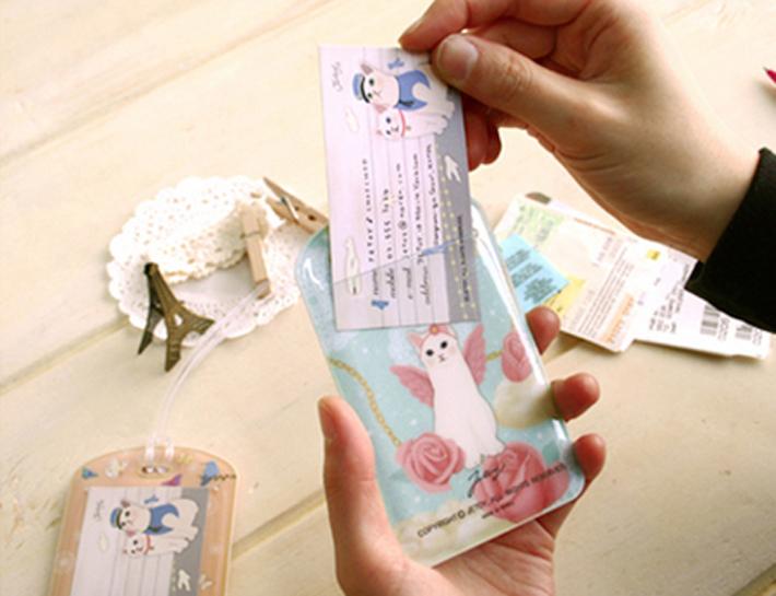 名前や住所を記入できる<br>ネームカードが付いています。
