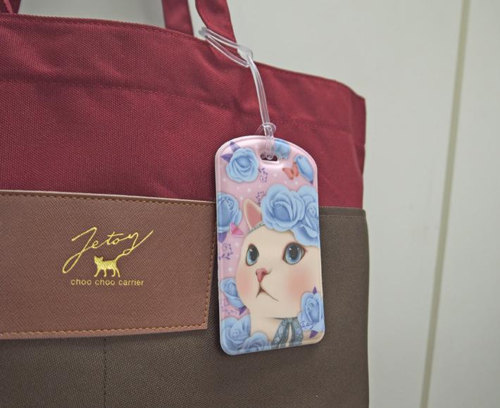 バッグに付けて、楽しい旅行に<br>出かけてくださいね♪<br>ICカードなどを入れて<br>バッグに付けても便利☆