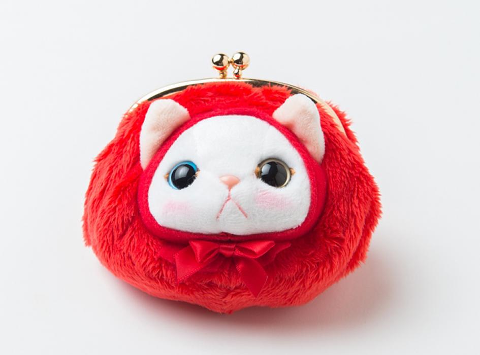 【猫のがまぐちパース 赤ずきん】<br> ふわふわとした触り心地と、愛らしい赤ずきんがたまりません!<br> いろいろな用途にお使いくださいね