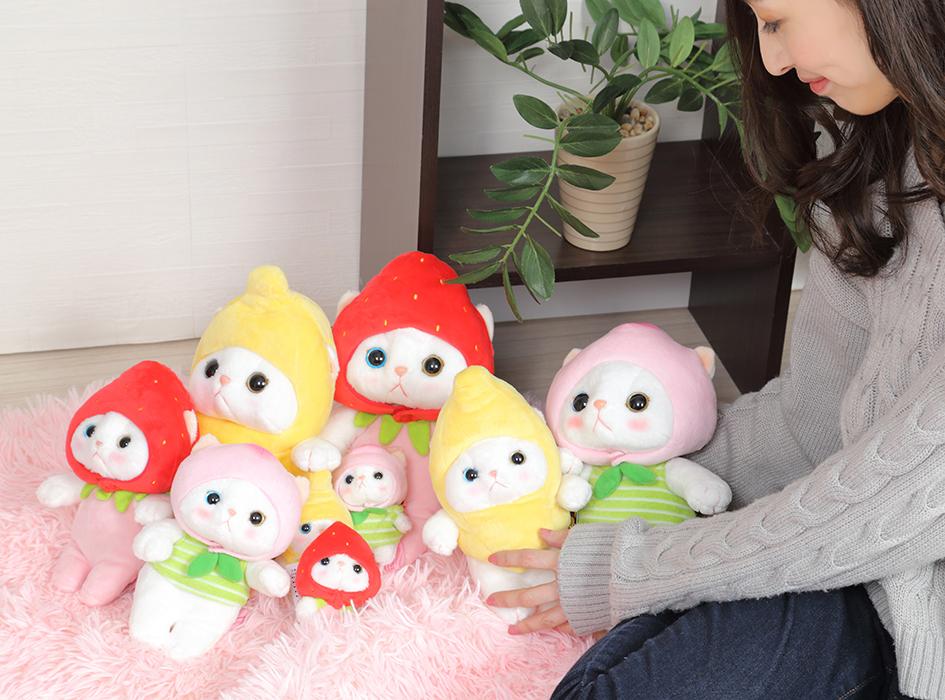 フルーツ猫のぬいぐるみたちと<br>一緒に飾ればかわいさも2倍♪<br>たくさんのchoo chooに囲まれて<br>癒されてくださいね!