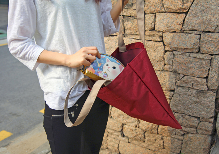レジ袋の代わりに使うのはもちろん<br>通勤や通学用のバッグとしても<br>おすすめです☆