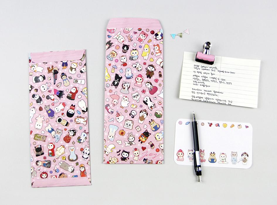 たくさんのchoo chooネコが<br>とってもキュート♪<br>ピンクカラーがポップな<br>ミニカード付きの長封筒☆