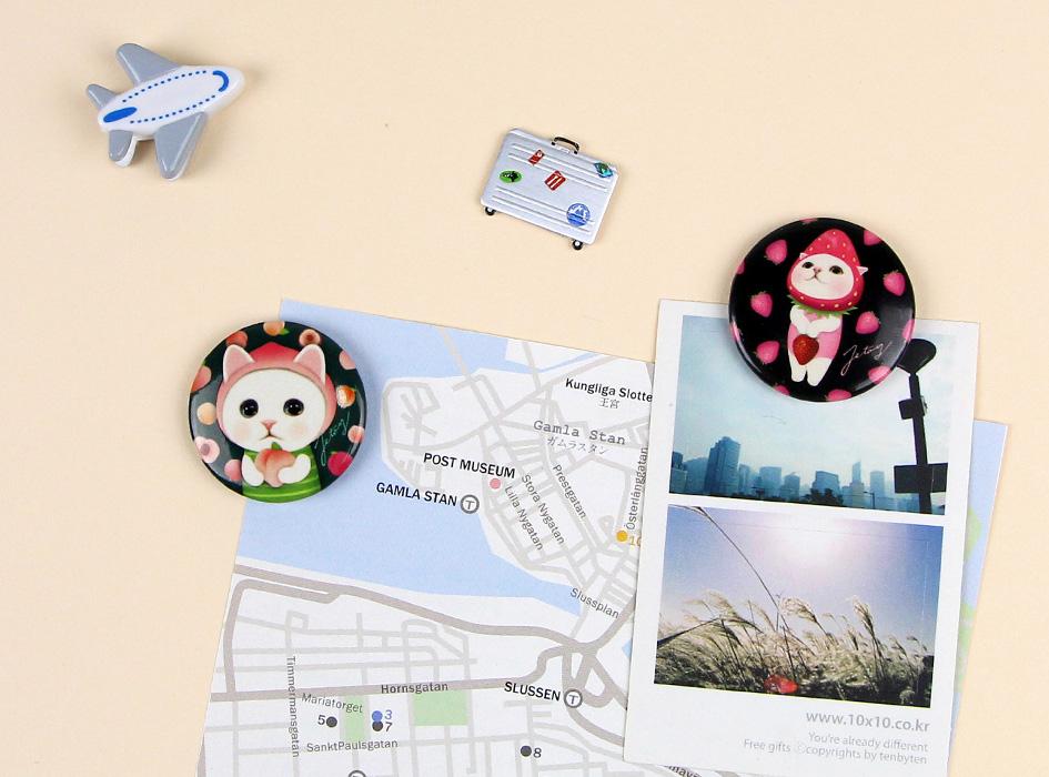 磁石が付くスペースなら写真やメモをとめられます!<br>大きすぎないサイズだから、使いやすいんです♪