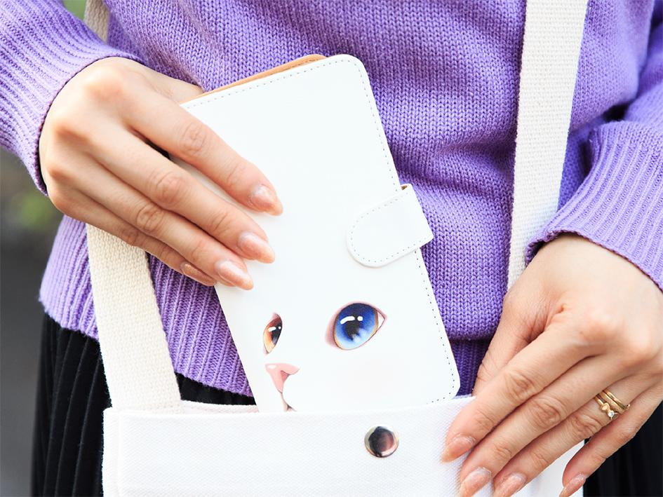 バッグの中でも画面に傷が付きにくい優れもの<br>※写真はLサイズです。