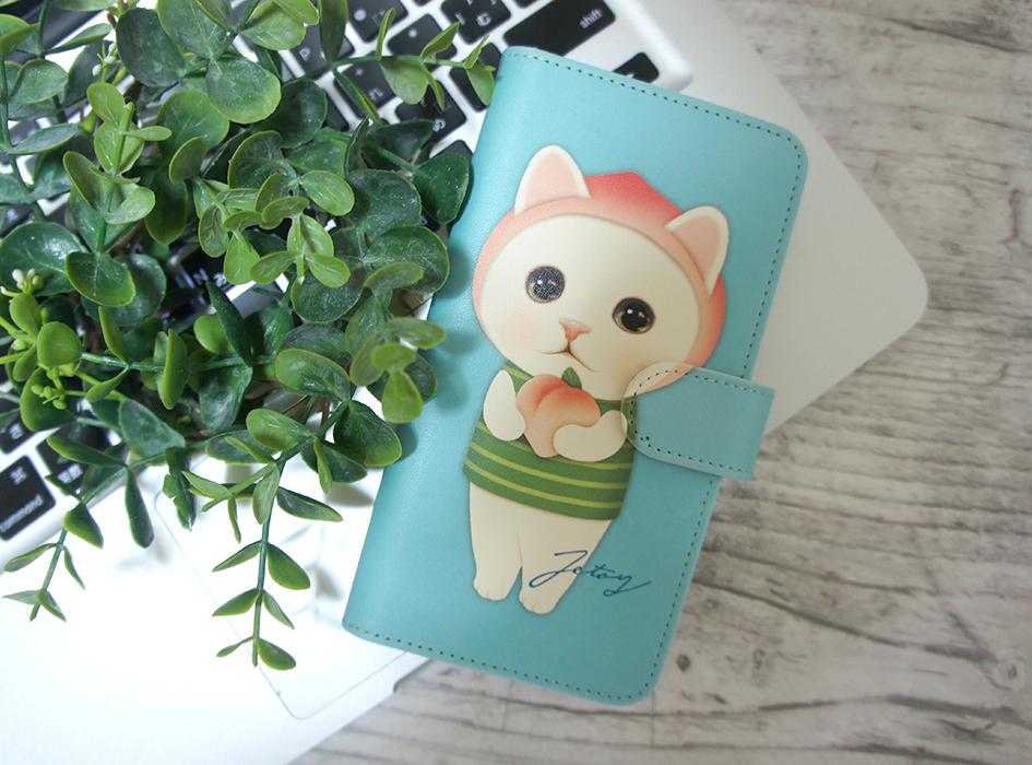 オフィスにもなじむ!<br>ピーチ猫の<br>手帳型スマホケースです♪