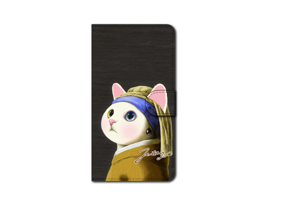 "<div class=""red"">【猫のスマホケース 手帳型 カスタム<br> 受注会】開催中!</div><br>気品あふれる、<br>フェルメールの名画をオマージュ♪<br>白猫choo chooの横顔に癒されるデザインです♪<br>※商品の写真および画像はイメージです。<br>実際の商品とは異なる場合があります。"