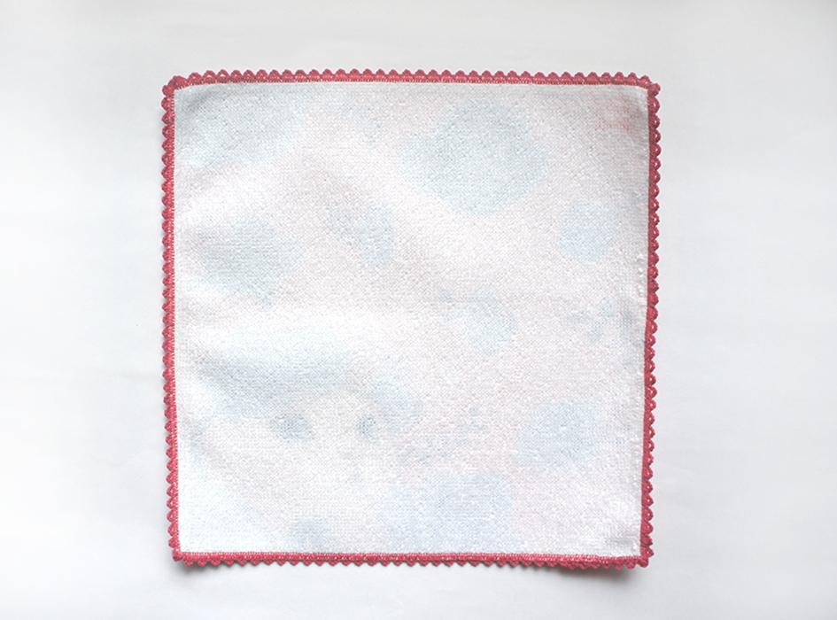 使い心地にこだわり、綿100%を使用。<br>肌触りのよいタオル生地は、<br>使っていても気持ちがよいです。