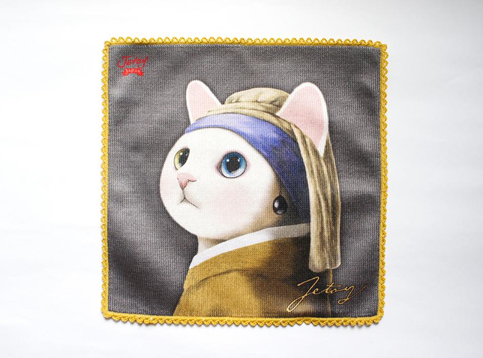 名画の少女に扮した白猫が<br>印象的です。<br>物言いたげな表情や、<br>ブルーとゴールドのオッドアイが、<br>どこか幻想的で知的な雰囲気を演出。