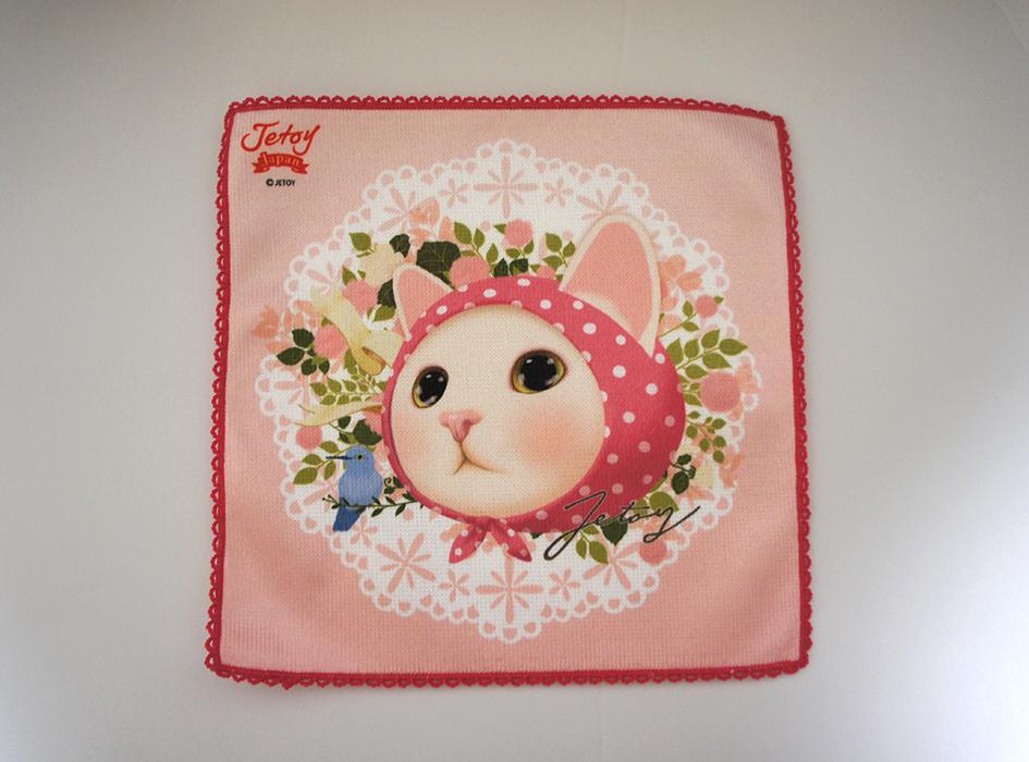 センターにデザインされた<br>ピンクずきんネコがかわいい♪<br>背景はレース調になっています!