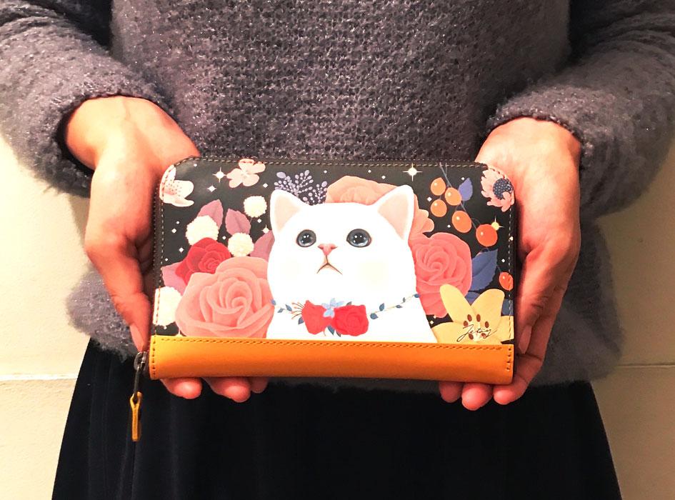 大人気の猫の長財布!サイズが大きくなりました!<br>
