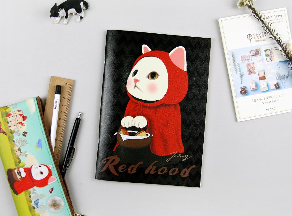 大きく描かれた赤ずきん猫が表紙!<br>使い勝手のよいA5サイズのノートです♪<br>