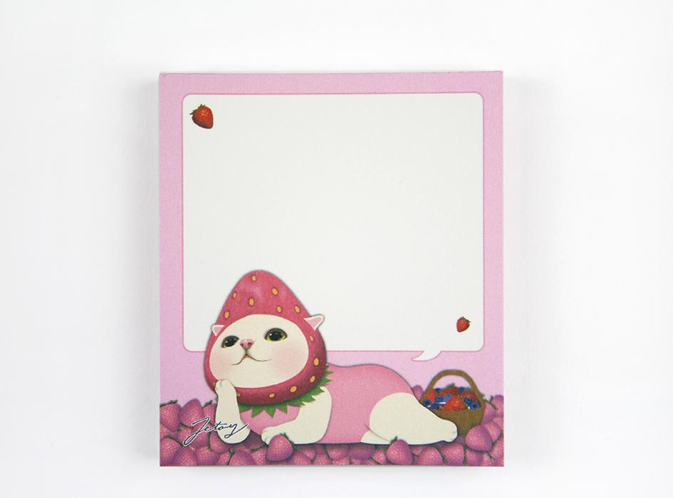 ラブリーないちごの上でくつろぐ<br>白猫ちゃんの吹き出しに<br>メモを書ける<br>デザインになっています♪