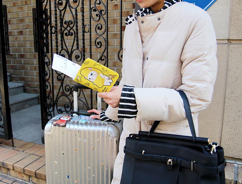 旅行中、何よりも大切なパスポートを汚れからしっかり守ります♪